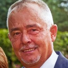Lek. med. Mariusz Pencuła